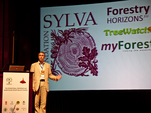 Gabriel Hemery speaking at The Art and Joy of Wood conference in India, October 2011