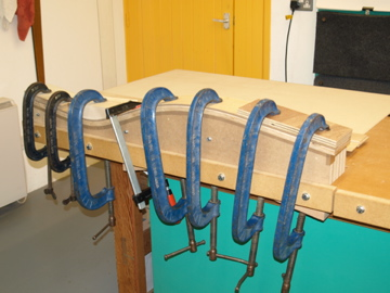 Laminating the curved uprights