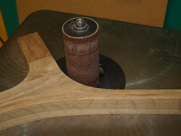 Finishing the curve with a bobbin sander